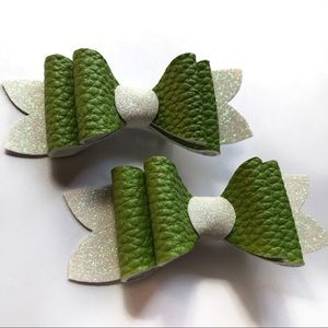Lime Light Double Layered Bows